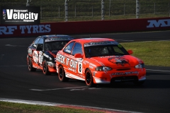 LR Johnston Leads 1 Excel Bathurst