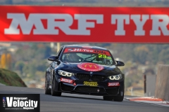 LR Lynton Leads 9 BAthurst 6 Hour