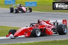 1_LR-Barrichello-12-S5000-Sandown