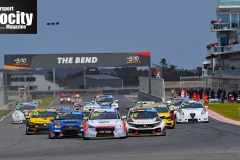 LR-Brown-Leads-Race-2-Start-TCR-The-Bend
